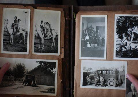 Photo_album_older_pics_genealogy-01